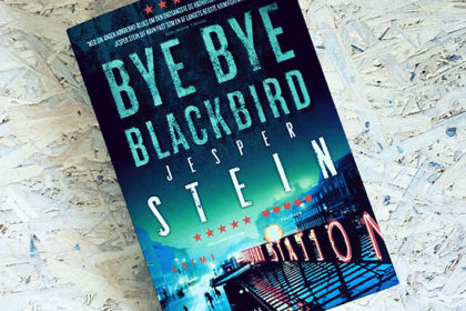 Boganmeldelse - Bye Bye Blackbird af Jesper Stein