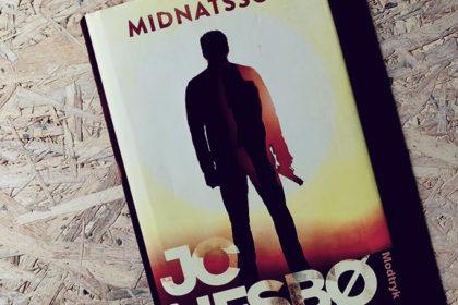 Boganmeldelse - Midnatssol af Jo Nesbø