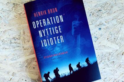 Boganmeldelse - Operation nyttige idioter af Henrik Brun