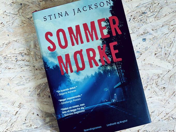 Boganmeldelse - Sommermørke af Stina Jackson