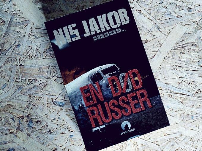 Anmeldelse af En død russer - Nis Jakob