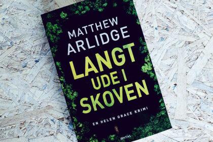 Anmeldelse af Langt ude i skoven af Matthew Arlidge