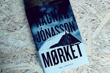 Anmeldelse af Mørket af Ragnar Jónasson