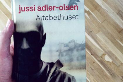 Anmeldelse af Alfabethuset - Jussi Adler-Olsen